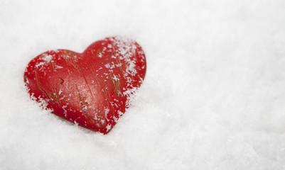 coeur gelé sous la neige