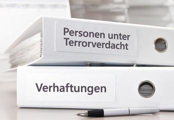 Überwachung / Terrorverdacht - Akten