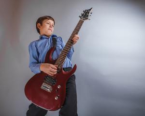teenager boy 10 years worth of European appearance playing gu