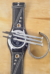 Отвертки для точной механики часы и ремешок
