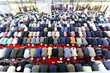 Leinwanddruck Bild - Muslims pray in the mosque Fatih