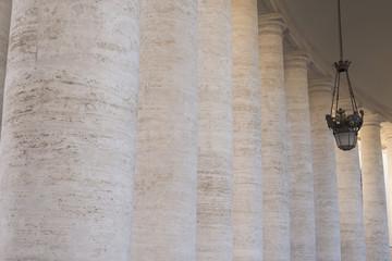 Vaticano - Colonne di San Pietro - Roma