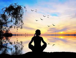 meditacion en el lago
