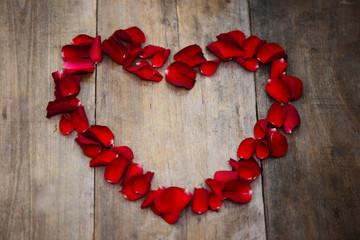 Herz aus Rosenblätter