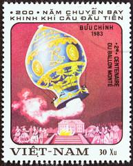Montgolfier Balloon, 1783 (Vietnam 1983)