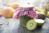 Konfitüre mit Obst