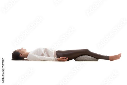 Foto op Plexiglas Fitness Yoga pose shavasana