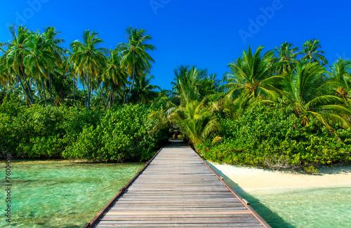 canvas print picture Steg zu einsamer Insel