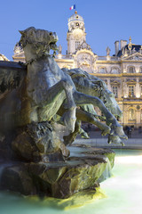 Vertical view of Bartholdi Fountain in Lyon by night