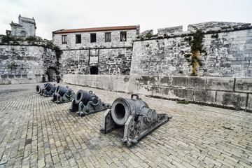 CUBA, Havana, old cannons on the roof of a fort - FILM SCAN