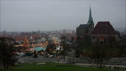Erfurt Weihnachtsmarkt vid 06 zeitraff