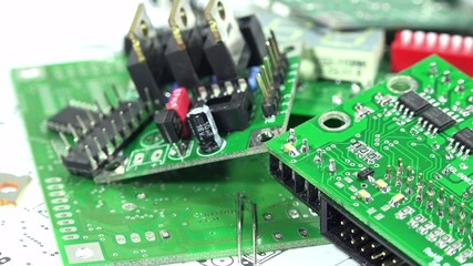 Seamless loopable Electronic Components