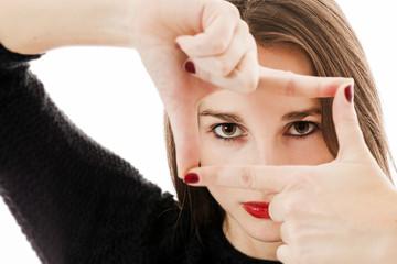 Mise au point sur le regard d'une jeune femme