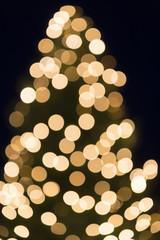 Weihnachtsbaum-Bokeh als Hintergrund