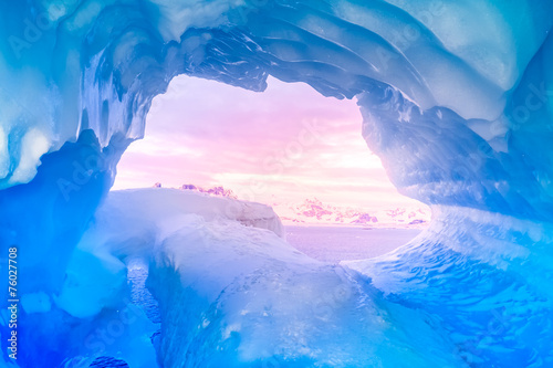 Poster Antarctica blue ice cave