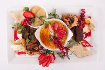 Dessert plate - pudding creme brullet