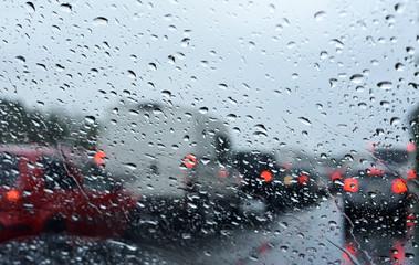 Regen und Stau