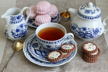 Tea break with white-blue porcelain.
