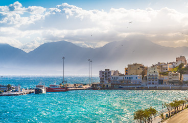 Creta, Agios Nikolaos, panoramic view of harbour