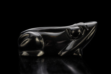 Black agate carved frog