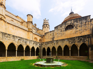 Courtyard of Cathedral de  Tortosa