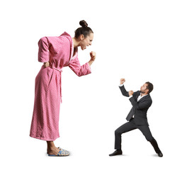 fight between screaming woman and man