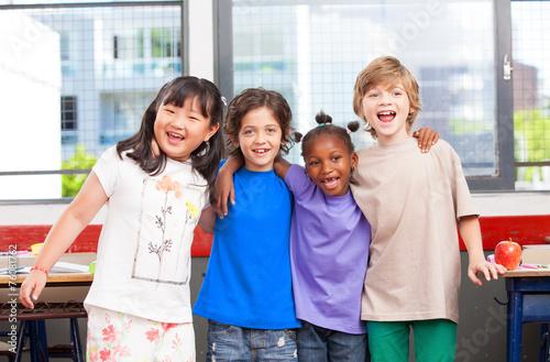 Multi ethnic classroom. Afro american, asian and caucasian prima - 76081762