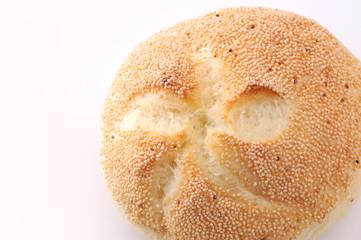 ドイツのパン カイザーセンメル 白背景