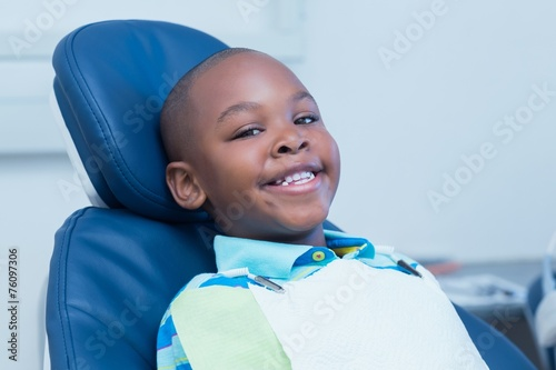 canvas print picture Smiling boy waiting for a dental exam