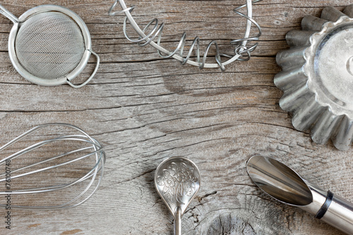 Kitchen utensils - 76100748