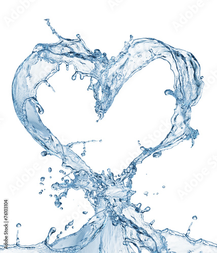 Heart from water splash with bubbles - 76103104