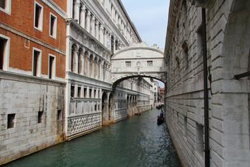 Мост вздохов, дворец дожей, Венеция, Италия