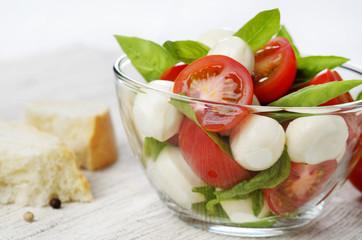 Salad Caprese and bread
