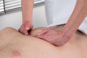 Technique de massage viscéral