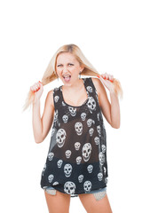 Screaming Woman in skull t-shirt