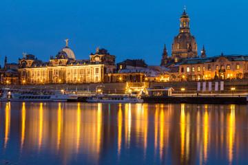 Brühlsche Terrasse Dresden zur Blauen Stunde