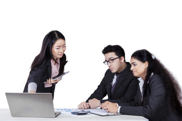 Entrepreneur meeting with her colleagues