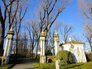 ingresso villa Litta (invernizzi)