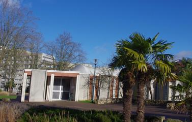 La mosquée dans la ville