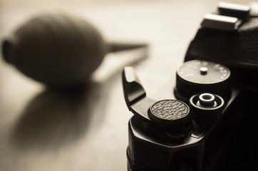 古いカメラとブロワー