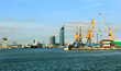 Skyscrapers and cranes in the bay - 76210393