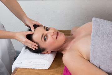 Massage facio - crânien