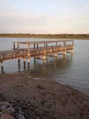 Embarcadero de río