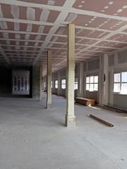 intérieur d'immeuble en travaux