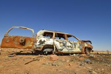 Autowrack im Süden Namibias