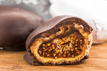 figs in chocolate