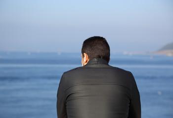 Denizi İzleyen Adam