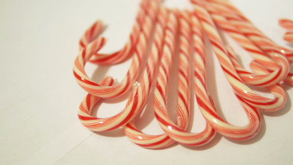 Candy Canes Horizontal