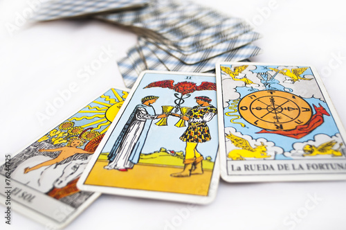tarot cards - 76244725