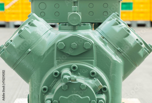 Refrigeration compressors. - 76254382